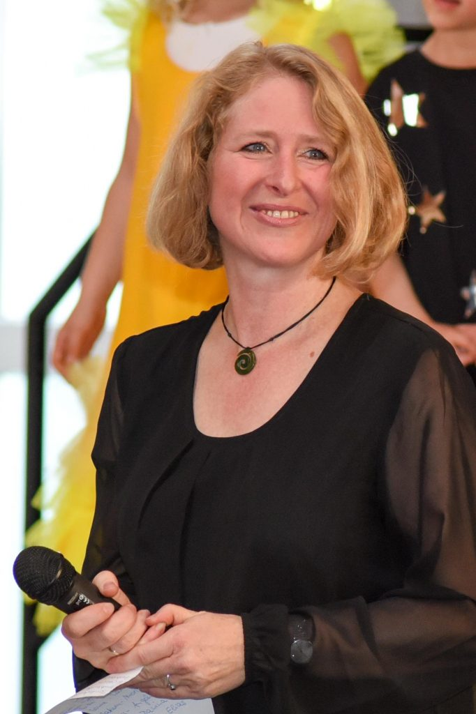 Christel Stolle (Leiterin des Kinderchores)